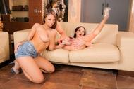 Dominno Huge Boobies Lesbians - pics 08