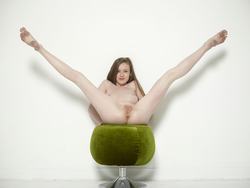 Sexy Emily Bloom on Pussy Pouffe - pics 05