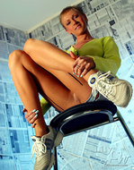 Blonde Milf Lily Nylon and Jeans - pics 07