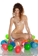 Oiled Beauty Adel with Balloons - pics 03