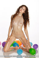 Oiled Beauty Adel with Balloons - pics 16