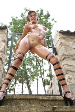 Maria Ryabushkina Shiny Little Slut - pics 05