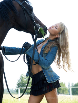 Blonde Dream Girl with her Pony - pics 03