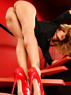 Damn Hot Foot Show - Sandy Fantasy Fiery Red High Heels