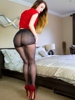 Gorgeous Starlet Misha Cross Posing hot in Nylon Pantyhose