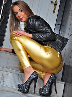 Leggy Bitch in Shiny Gold Spandex