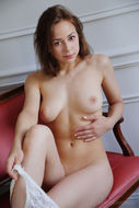 Miren Spreading Trimmed Pussy - pics 02