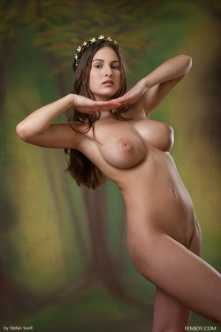 Busty Beauty Karla S - Breathtaking - pics 12