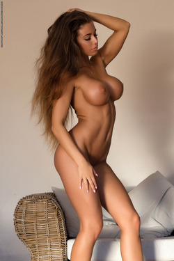 Big Boobed Isabelle Stripping Hot - pics 15