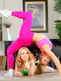 Lea Lexis and Sofie Carter Lesbians