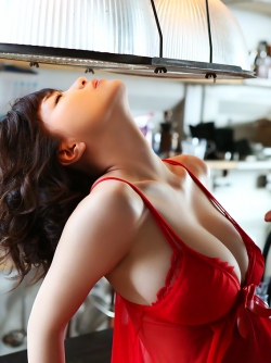 Dreamy Japanese Asuka Kishi, Pretty Face and Amazing Boobs