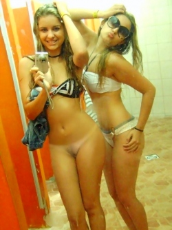 Real Busty Amateur Exgirlfriends Get Dirty and Take Sexy Selfies