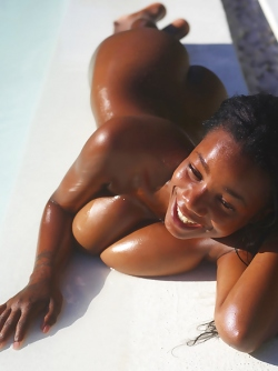 Sexy Ebony Kiky Huge Natural Boobs