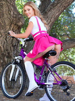 Beautiful Green Eyed Cat Kali Roses Posing Nude on her Bicycle