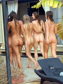 Cayla, Melena Maria, Lexi Dona, Maria Pie and Ulia - Nude Pool Party
