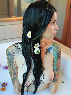 Sweet Busty Babe Bully with Lots of Tattoos Having a Milky Bath