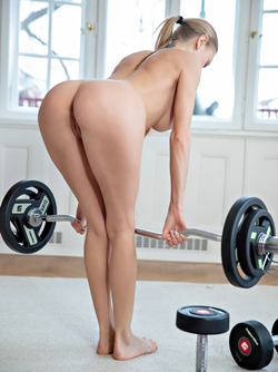 Naked Workout with a Dream Babe - Sexy Nancy A Nude Pictures
