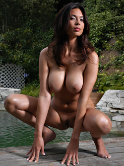 Legendary Latin Pornstar Tera Patrick and her Perfect Boobies