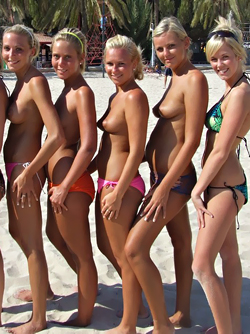 Six Amateur Topless Babes have some Fun in a Sunny Beach